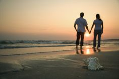 Mental illness stigma is a prejudice that can enter into romantic relationships. Read about ways to avoid mental illness stigma in your romantic relationships. Peabo Bryson, Afraid Of Commitment, Good Marriage, Marriage Advice, Successful Marriage, Happy Marriage, Weekend Trips, Weekend Getaways, Strand