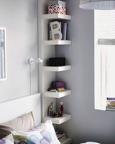 Полосатый принт, функциональная кушетка и мебель из стекла – рассказываем, как без особых затрат создать уютное пространство для жизни в малометражке, используя мебель и аксессуары шведского бренда