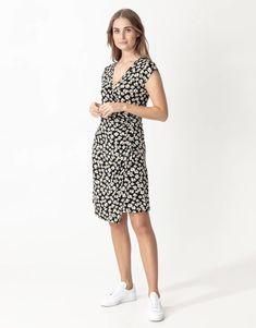 Patterned wrap dress   Indiska.com Viscose Fabric, Summer Looks, Wrap Dress, Dresses For Work, Tunic, Colours, Pattern, Fashion, Fashion Styles