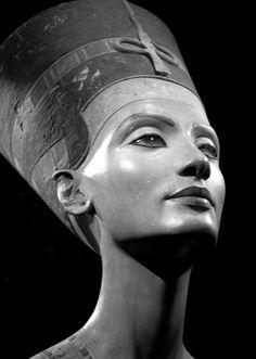 Nefertiti, Queen of Egypt ~Art- Ancient Sculpture~
