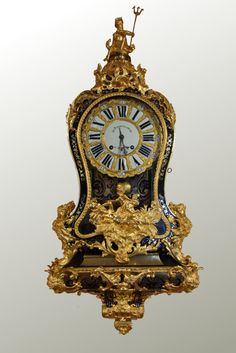 Cartel en marqueterie Boulle d'époque Régence Antique Mantle Clock, Mantel Clocks, Old Clocks, Antique Clocks, French Clock, Classic Clocks, Retro Clock, Clock Art, Classic Interior