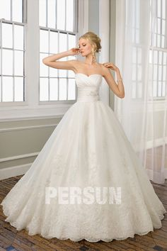 Organza Sweetheart Embroidery Lace Ball Gown Wedding Dress