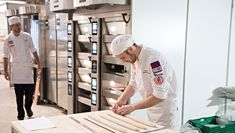 Foto: Jon-Are Berg-Jacobsen, Vest Vind Media Sweet Buns, Scones, Chef Jackets, Food And Drink, Baking, Vest, Norway, Recipe, Bakken