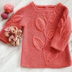 B Baby - Knitting - Best Knitting Girls Knitted Dress, Knit Baby Dress, Knitted Baby Clothes, Smock Dress, Knitting For Kids, Baby Knitting, Crochet Baby, Smocked Baby Dresses, Baby Girl Dresses