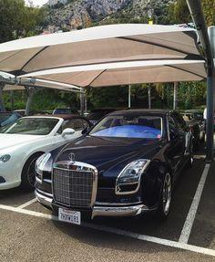 Mercedes Royale 600   or  Photo by @tfjj   #arabmoneyofficial #mercedes #slr…