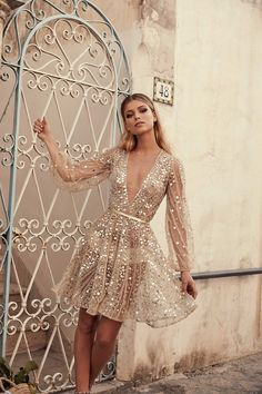 From the creative team that is One Day Bridal. Chosen is the ready to wear bridal range of uniquely designed and fashion forward wedding gowns. Bridal Outfits, Bridal Dresses, Prom Dresses, Mini Dresses, Reception Dresses, Estilo Fashion, Look Fashion, Dress First, The Dress
