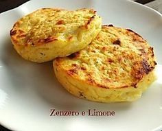 Hamburger di patate e ricotta - La Linea Vien Mangiando Good Healthy Recipes, Vegetarian Recipes, Cooking Recipes, Fingers Food, My Favorite Food, Favorite Recipes, Chickpea Burger, Creative Food, Cooking Time