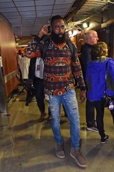 James Harden arrived pregame in the Chocolate Yeezy Boost 750 Best Smart Casual Outfits, Smart Casual Men, Stylish Men, Nba Fashion, Mens Fashion, Fashion Outfits, Fashion Ideas, James Harden, Classy Street Style