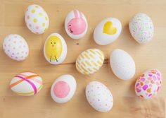 Easy colored Easter egg decorating idea for kids: Sometimes  permanent markers in pretty colors is all you need.