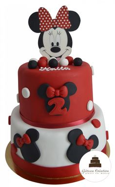 Mini Mouse Cake, Mickey Mouse Birthday Cake, Mickey Cakes, Gateau Baby Shower, Crate Shelves, 2nd Birthday, Buffet, Fans, Desserts