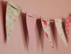 make your own decor out of wallpaper leftovers or samples!
