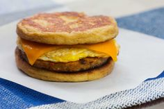 Keto Sausage McGriddles satisfy your fast food breakfast cravings without the fast food crash: a maple-infused patty sandwiches savory sausage, melty cheese, and fresh-cracked egg for the perfect keto-friendly start to your morning. Keto Breakfast Muffins, Fast Food Breakfast, Keto Breakfast Smoothie, Breakfast On The Go, Low Carb Breakfast, Sausage Breakfast, Perfect Breakfast, Breakfast Recipes, Breakfast Options