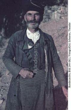Griechenland, Kreta.- Zivilbevölkerung, Porträt eines älteren Mannes (Bauer?) aus der Lassithi-Hochebene Datierung 2941/1943. Bundesarchiv