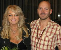 Thank you Emil Collén ! Bonnie Tyler, 80s Music, King Queen, Rock And Roll, Tv Shows, Idol, Singer, People, Beautiful