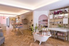 DOMINIQUE MAISON DE BEAUTÉ beauty salon by centdegrés, Sao Paulo – Brazil
