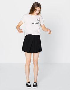Jupe crêpe patineuse - Jupes - Vêtements - Femme - PULL&BEAR France