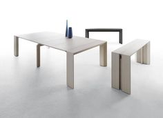 Minuetto is a cool space-saving table from Milano Smart Living. The elegant and minimalist item works equally well as a console or sofa table (taking virtually no space) and as a dining table (able. Kids Bedroom Furniture, Smart Furniture, Kitchen Furniture, Home Furniture, Furniture Design, Furniture Ideas, Palette Furniture, Oak Bedroom, Living Furniture
