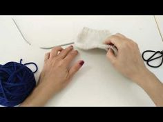 Tejer calcetines con agujas circulares para principiantes 1 - YouTube Knitting, Lana, Youtube, Pastel, Videos, Tricot, Socks, Loafers & Slip Ons, Recipe