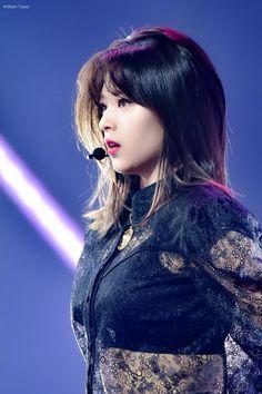 Twice-Jeongyeon 190106 The Golden Disc Awards Nayeon, Twice Jyp, Twice Jungyeon, Suwon, Kpop Girl Groups, Kpop Girls, I Fancy You, The Band, Dahyun