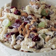 Cashew Chicken Rotini Salad ~ Loaded with Cashews, Grapes, Chicken, Pasta and Dried Cranberries! Perfect Pasta Salad Recipe for the Summer! salad recipe with grapes Grape Recipes, Gourmet Recipes, Cooking Recipes, Cooking Bacon, Cooking Tips, Chicken Pasta Salad Recipes, Pasta Food, Food Food, Chicken Salads