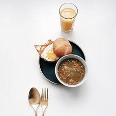 Fried egg sandwich and lentil soup. // via @bonnietsang on Instagram