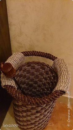 Поделка изделие Плетение подставка для зонтиков Бумага Трубочки бумажные фото 2