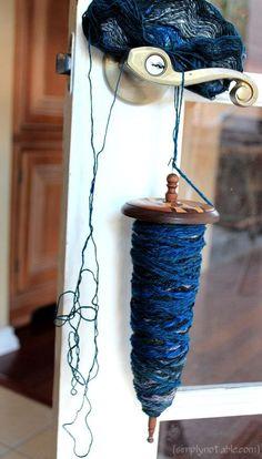 Navajo ply fingering weight yarn to get bulky == genius! via theknitgirllls ravforum