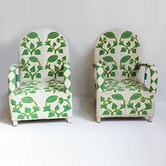Exceptional hand beaded chief chair from Mali. Striking green and white melon vine pattern bead details conner front and back. Matching pair available. Kids Furniture, Table Furniture, Chinese Table, Love Chair, True Homes, Ethnic Chic, African Art, Chair Design, Interior And Exterior