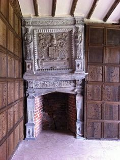 The original tudor-era fire place preserved in Little Moreton Hall — the moated, half-timbered manor house 4 miles southwest… Tudor History, European History, British History, Asian History, Tudor Era, Tudor Style, Little Moreton Hall, Estilo Tudor, Renaissance