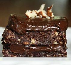 Tarta crujiente de chocolate raw