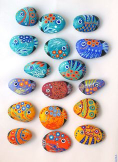 Painted rocks (stones) fish magnets by Alika-Rikki, via Flickr... would be a cute idea to let kids paint rocks with whatever pic and make into magnets. (Or display in a shadow box with an aquatic background. OR use to tell stories with! wouldn't Creature of Goldfish Glen be cool?)