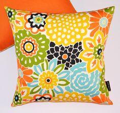 Pretty & bright floral pillows