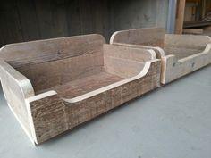 Hondenmand maken van pallets of steigerhout.