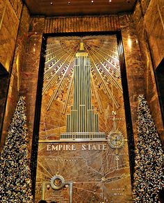 Christmas in Empire State Building, NYC, love this place amd have this same picture!