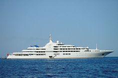 Dubai | Top 10 Yachts | yachts-interior.com
