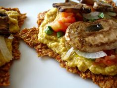 Hummus and mushroom pizza crackers Raw on $10 a Day (or Less!): Raw Food Recipe Menu: January 13, 2013