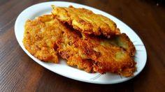 Jak zrobić placki ziemniaczane? - Przepis Cauliflower, Meat, Chicken, Vegetables, Food, Cauliflowers, Essen, Vegetable Recipes, Meals