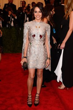 Pin for Later: 50+ Iconic Met Gala Dresses Worn by Latinas Aubrey Plaza The Puerto-Rican-American actress sparkled in a Marios Schwab cape minidress at the 2013 gala.