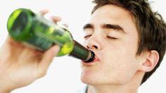 El alcohol, cuanto más tarde, mejor