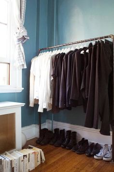 63 New Ideas Corner Coat Closet Apartment Therapy Open Clothes Storage, Diy Clothes Rack, Clothing Racks, Clothing Storage, Shoe Storage, Diy Clothing, Storage Ideas, Minimalist Closet, Minimalist Decor