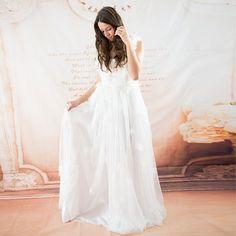 Gloria Agostina – Sexy Wedding Dresses, Trendy Woman Fashion and Great Outfits - Gloria Agostina    more..  @ http://fashioncentris.com