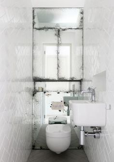 antiqued mirrored wall.....