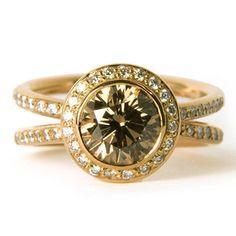 engagement-ring-diamond-unusual-stone-bespoke-design-myself-jewellery-designer-london-sotto-voce.jpg
