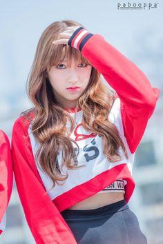 dedicated to female kpop idols. Yuehua Entertainment, Starship Entertainment, Pretty Korean Girls, Pretty Girls, Cheng Xiao, Cosmic Girls, Fandom, Cosplay, Xuan Yi
