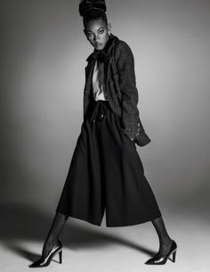 Willow Smith Stuns in High Fashion Editorial for Vogue Paris - COLOURES | Celebrating Beauty of All Shapes and Shades