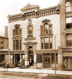Springfield Massachusetts, Banks Building, Skyscrapers, Notre Dame, Vintage Photos, Buildings, Homes, City, Travel