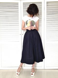 t-shirt and full skirt