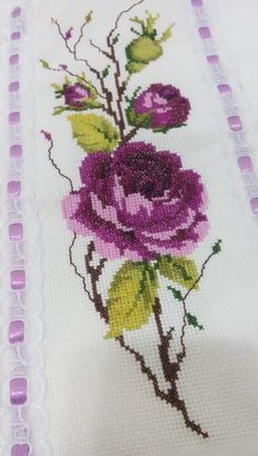 Cross Stitch Bookmarks, Cross Stitch Rose, Cross Stitch Flowers, Hand Embroidery Tutorial, Hand Embroidery Stitches, Cross Stitch Embroidery, Cross Stitch Patterns Free Easy, Cross Stitch Charts, Embroidered Roses