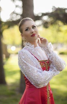 Мария Легусова