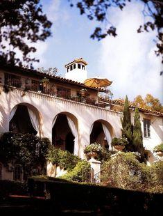 SANTA BARBARA BOUND | Mark D. Sikes: Chic People, Glamorous Places, Stylish Things
